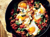 How to cook breakfast on the barbecue / If you're intending on cooking over coals this weekend, why not mix it up a little make brunch instead?