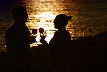 Emotions / Quanti amori e quante amicizie nascono in riva al mare o al tramonto? Ecco tutte le immagini più emozionanti scaccate al #Marinelli #Marinellivacanze