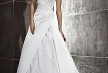 Amour Bridal 2013 / Благодаря своим элегантным коллекциям, высокому качеству и лояльной  ценовой политике компания AMOUR BRIDAL является одним из мировых лидеров среди производителей в сфере свадебной моды.