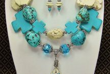 bulcky necklaces
