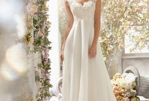 Wedding Dresses / Every bride wants to have one of the most beautiful wedding dresses in the world. In order to meet your needs, we offers different styles of wedding gowns with 2016 new design and exciting prices.