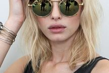 Studio - EN / Mood board for portrait studio shoot with glasses