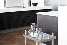 Normann Copenhagen / Normann Copenhagen er innovative og er med at indføre spændende og dristige design produkter. Især farve valg af produkter har ændret sig ind i et nyt farveskema og er ofte inspireret af trends der også findes i modeverdenen. http://designklassikershop.dk/shop/normann-copenhagen-75c1.html