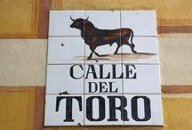 Испания. Уличные знаки.
