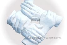 Family Hand Casting / DIY intertwined style family casting is a unique experience with beautiful results. It is a special gift with life-long memories to share with your loved ones.