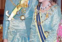 insygnia,tiary,korony