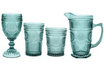 Baci Milano Casa Cadeaux / Baci Milano and Le Cadeaux are brands that we've long admired. They've recently partnered with one another to introduce a new range of elegant acrylic glassware and tabletop accessories. Available at www.touchofeurope.net
