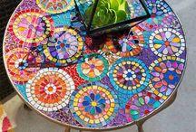 mozaikos asztal