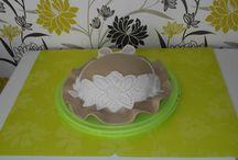 Lace hat cake