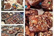 PC brownie pan recipes / by Johna
