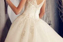 wedding and prom dresses <3