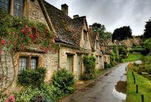 Homes / Beautiful homes around the world!