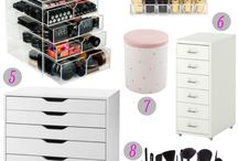 Make up organize