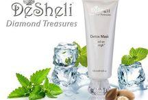 """Set """"Diamond Treasures"""" / Setul """"Diamond Treasure"""" este un progress mondial in lumea cosmeticii. Principalele component ale liniilor de cosmetica DeSheli este un cocktail biologic de extracte de celule stem din muguri de argan, mere, frunze detrandafir alpin, semințe de struguri, peptide Chondricare® IS şi pudră pură de diamante. Secretul FYTOTIGH™-lui este combinaţia unică a componentelor, care produce un efect sinergic cu impact uimitor asupra pielii."""