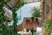 Small Gardens / Inspiration for small plots