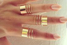 Hand jewels