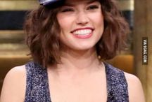 Daisy Ridley(Queen)&(starwars actors) / Hi! In this folder I will post pictures of Daisy(Rey) and some other StarWars caracters!