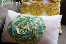 Crafts: Pillows / by Andi Robbins