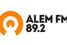 Radyo Dinle / Radyo dinle, hemen canlı radyo dinlemek için sitemizi ziyaret edin. Yerli, yabancı tüm radyolara ulaşın. Mobil uyumlu canlı radyo dinleme sitesi. http://www.radyofmdinle.com