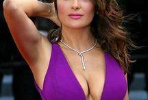 """Salma Hayek """" Actrice """" / Actrice, réalisatrice et productrice d'origine mexicaine épouse de François Henri PINAULT dirigeant d'entreprise président d' ARTEMIS."""