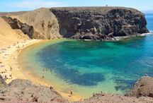 Lanzarote, Canary Islands Travel Guide / Travel guide to Lanzarote, Canary Islands: Learn about the history of Lanzarote, where to go for nightlife, where to eat and find the best restaurants, how to find the cheapest flights and what airports to fly into, travel tips, what times of the year are the best to travel, what part of town to find the best hotels in and what attractions you should visit while on holiday. To learn more visit http://simplyholidaydeals.co.uk/cheap-holidays/europe/lanzarote/