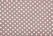 Grijs / Van deze stofjes maken wij persoonlijke kadootjes en blije hebbedingen. Wil jij ook een trip trap kussenset van deze leuke stofjes hebben? Die bestel je dan gewoon op www.kidz-corner.nl