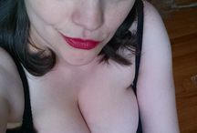"""""""Voluptuous"""" Ms Tiggle / busty model"""