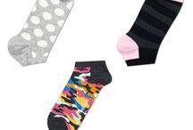 Прикольные мужские носки / У Вашего друга день рождения, корпоративная вечеринка или семейный праздник? Он любит стиль кэжуал, спорт и ведет активный образ жизни и при этом знаток модных стилей и тенденций? Подарите ему набор эксклюзивных брендовых носков Icon Maxi , представленных на нашем сайте.