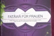 """Islamische Fataawa für Frauen - Eine Kollektion / Das Buch """"Islamische Fataawa für Frauen"""" mit einer Kollektion seiner Auflagen"""