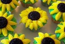 Food cupcakes / by Teresa Duncan