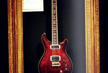 Guitarras eléctricas / Guitarras para diestros, guitarras para zurdos, guitarras para aficionados o para profesionales, set de guitarras completos, o guitarras custom, para coleccionistas.