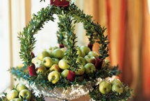 centerpieces and tablescapes / by Linda Winters