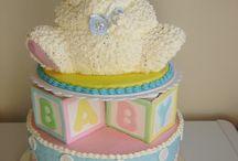 Yummy Baby Shower Desserts / Delicious baby shower desserts.