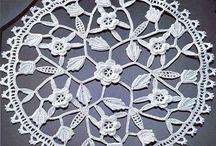 I love Crochet / by Kerry Kuyper