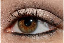 Eyes / by Juliette Martin