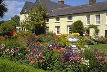 The Garden Route / Summer is here, so that's means the flowers are in bloom! Take a stroll through some of the beautiful gardens of the Historic Hotels of Europe, read a book outside or even enjoy some alfresco dining. For more information, please see - http://www.historichotelsofeurope.com/