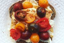 Healthy Open Sandwiches / Save the calories by only using one slice of bread. This is often referred to as a Tartine! Enjoy!