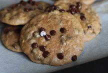 Sweetpotato Paleo Cookie Awesomeness / All things sweetpotato cookie that are awesome!