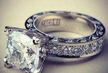 Jewelry / by Sylvie Warzinski