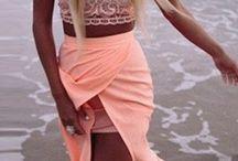 Wedding Dress Ideas / Custom beach wedding dress design ideas