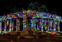 Múzeumok éjszakája 2014 / Múzeumok éjszakája 2014 June 21 ·  Múzeumok Éjszakája - Night Projection fényfestés  További információ: https://www.facebook.com/events/395702820567489/  Fotó: Lánszki Tamás  #MuzeumokEjszakája #NightProjection #fenyfestes #raypainting #visuals