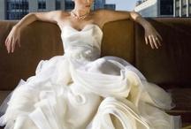 Wedding Gowns / by Helen Sari