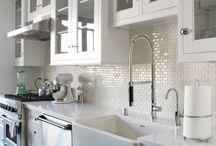 KD 101 - Hamptons & Farm House Country Kitchens / Kitchen Design 101 - Celebrating Hamptons & Farm House Country Kitchens
