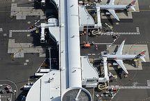 Aircraft AirPort Airlines Airways taxi ground services / Uçaklar ve yer hizmetleri