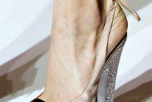 Shoes / by Rochelle Jeiel