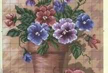 Virág keresztszemes