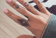 Finger tatovering