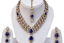 Traditional Bollywood Inspired Kundan Jewelry Necklace Set