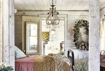 Lovely interiors / Romantic bedroom