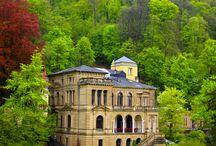 Awe: Castles / Glorious castles that are awe-inspiring